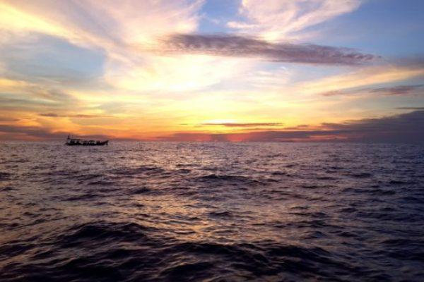sunrise-on-sea
